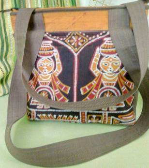 Batik Ladies Shoulder Bag