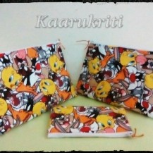 Tweety Cosmetic Pouch sets